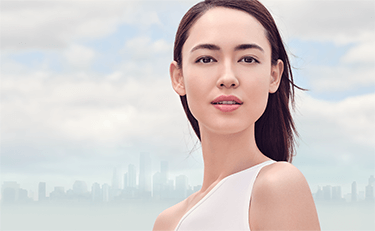 UV Plus Anti-Pollution Sunscreen Model